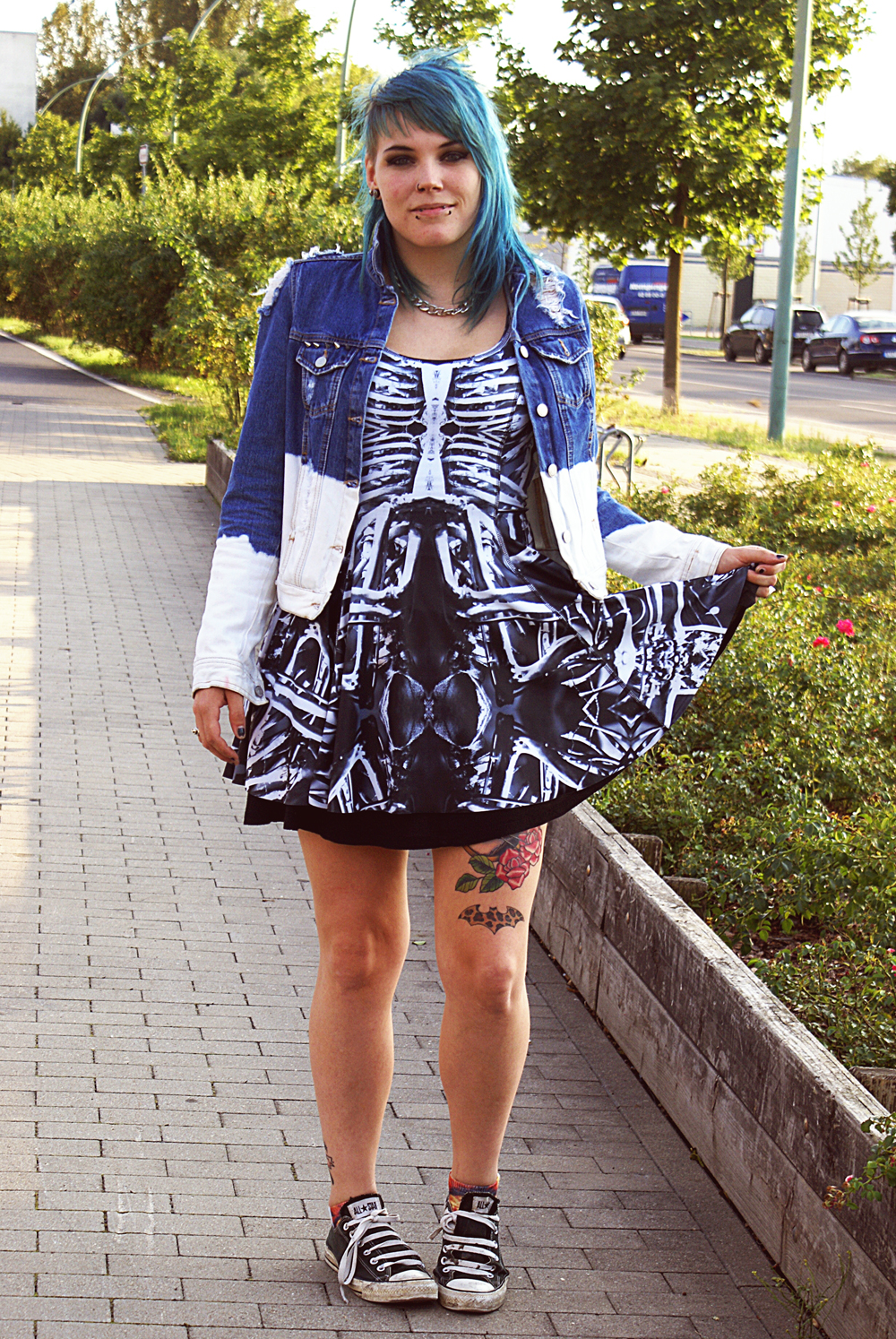 black milk clothing bone machine vs galaxy blue inside out dress IOD Gina Tricot Denim Jeansjacke Batik Bleiche tattoos destroyed jeans knochen bones patches nieten diy converse