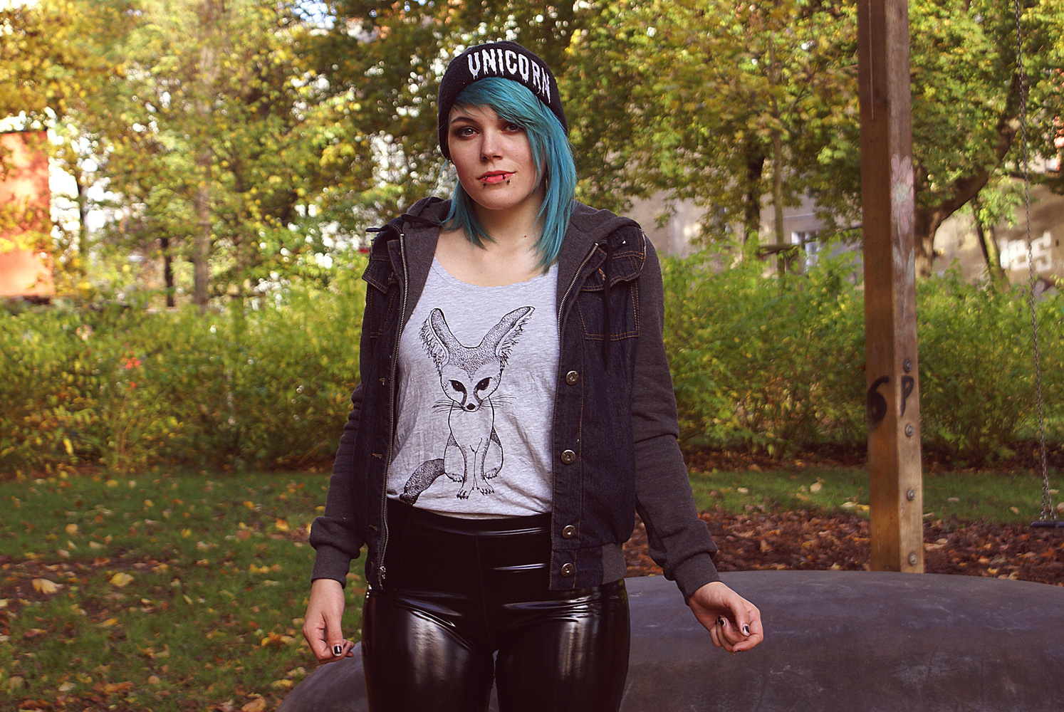 monki fuchs fox fennec wüstenfuchs shirt tank top unicorn killstar beanie herbst glamour kills gk jeans denim pvc leggings hipster punk