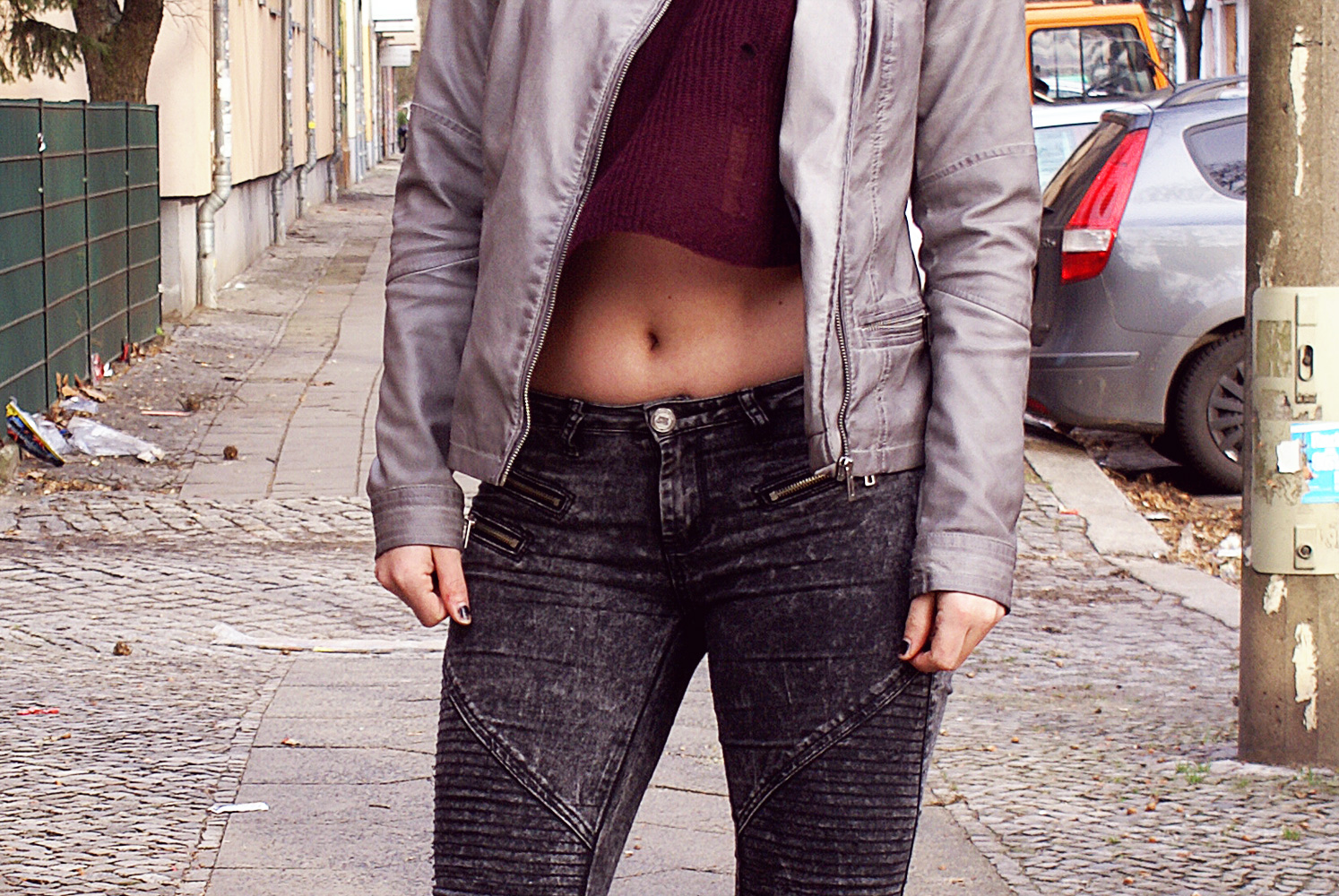 h&m, distressed, destroyed, pullover, puilli, divided, marsala, wine, weinrot, grau, lederjacke, moto jeans, biker, jeans, street super shoes, sacha, boots, schnallen, punk, grunge, grungy, skulls, crop, alternative, altfashion, outfit, h&m, distressed, destroyed, pullover, puilli, divided, marsala, wine, weinrot, grau, lederjacke, moto jeans, biker, jeans, street super shoes, sacha, boots, schnallen, punk, grunge, grungy, skulls, crop