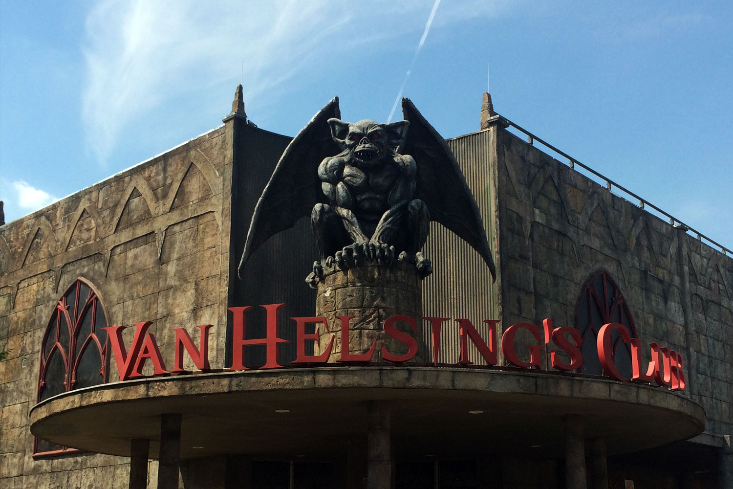 van helsing club movie park germany