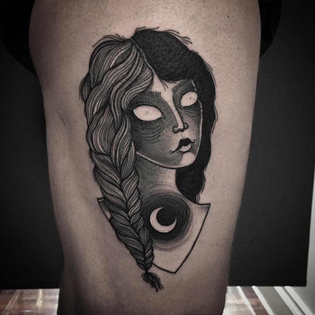 laura yanhna pechschwarz tattoo the girl with the matchsticks mond blackwork