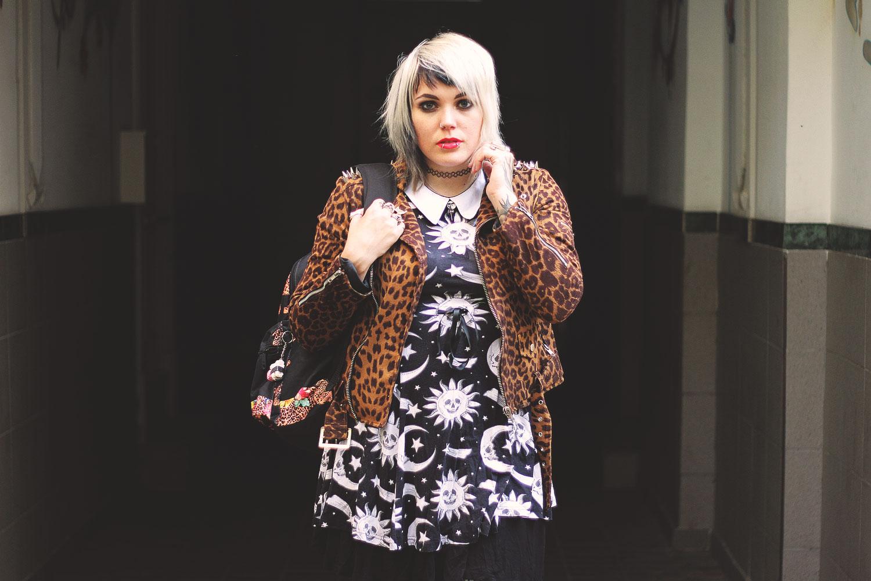 nieten, killstar, unif, adidas, vans, leopardenprint, leoprint, leoparden, trefoil, cozmic, cosmic, kleid, rock, H&M, rucksack, kristall, crystal, lila, swing, schwingen, netzstrumphfose, netzstrumpf, alternative, alternative fashion, alternative girl, alternative mode, altgirl, berlin, berlin fashion, berlin fashion blogger, berlin mode, berlin streetstyle, blogger, fashion blogger, girls with piercings, girls with tattoos, grunge, grunge fashion, grunge mode, mode, Punk, punk fashion, punk mode, punkgirl, punkmädchen, scenehair, snakebites, split hair, splithair, tattoomädchen, tattoomodel